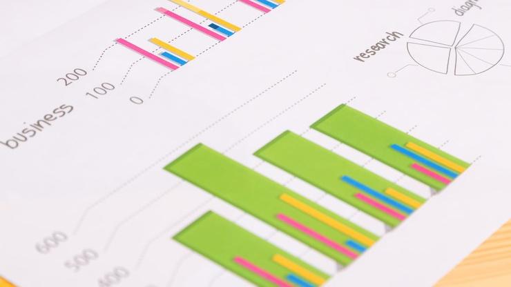 色鮮やかな棒グラフ