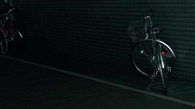 真夜中の放置自転車