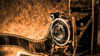 古いカメラと写真のイメージ